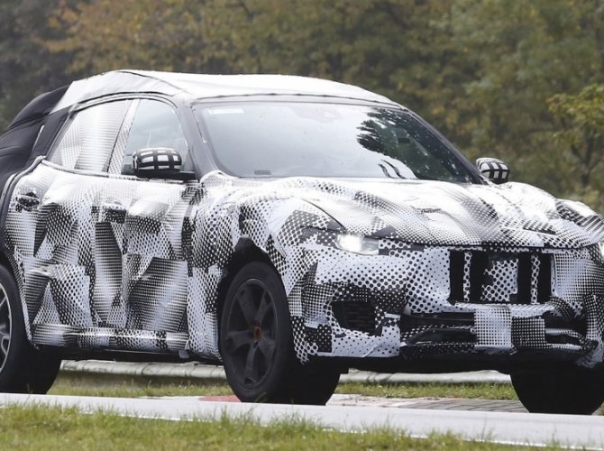 Maserati Levante spied 8.png