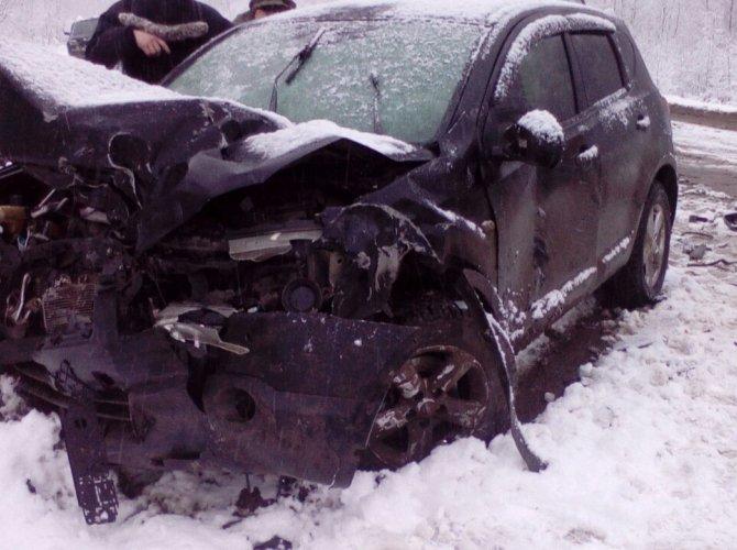 В аварии под Каменском-Уральским погибли два человека 2.jpg