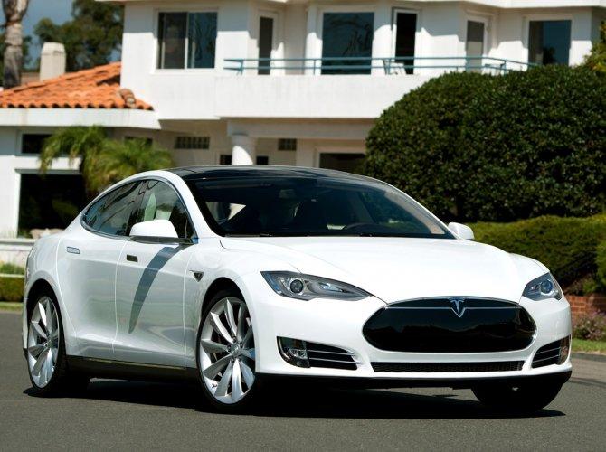 Tesla Model S 1.jpg