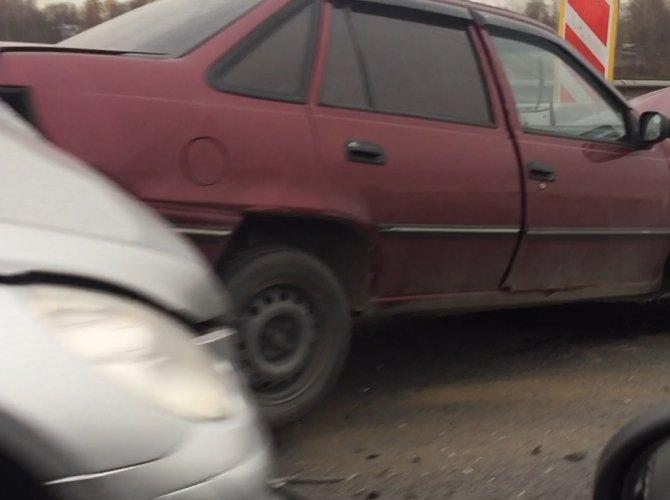 ДТП с тремя автомобилями на КАД