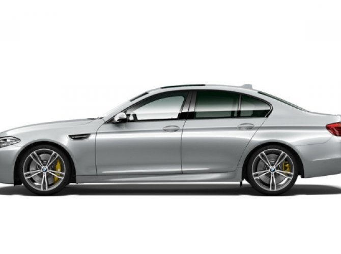 BMW M5 PURE METAL EDITION