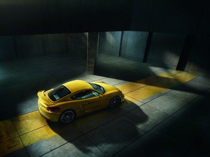 Porsche Cayman GT4 Clubsport 4.jpg
