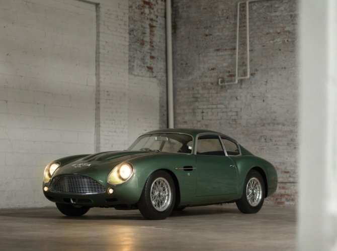 Aston Martin DB4 GT Zagato 2