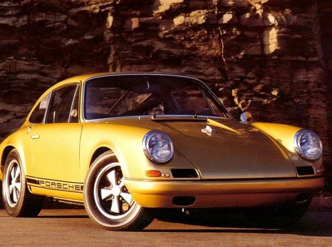 Porsche 911 R.jpg