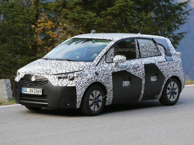 Opel Meriva 2017 spied 5.jpg