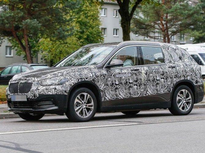 BMW X1 Grand 3.jpg