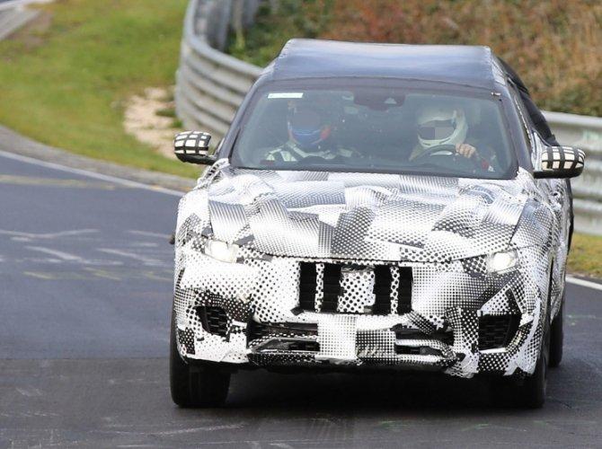 Maserati Levante spied 6.png