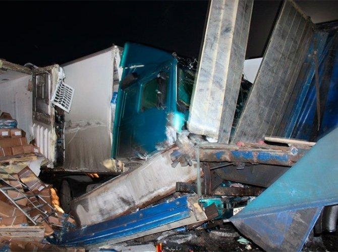 Под Мурманском столкнулись 10 автомобилей 2.jpg