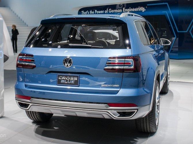 концепт Volkswagen CrossBlue 1.jpg