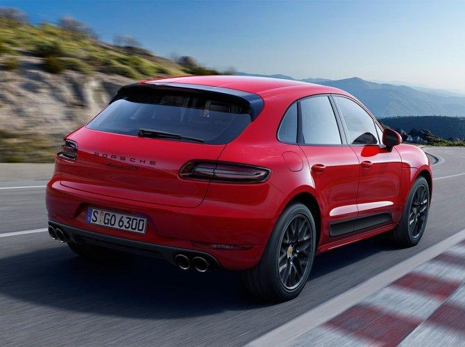 Porsche Macan GTS 1.jpg