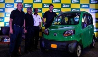 В Индии представили самый дешевый автомобиль в мире - Bajaj Qute