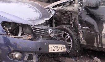 Авария в Сургуте - лобовое столкновение