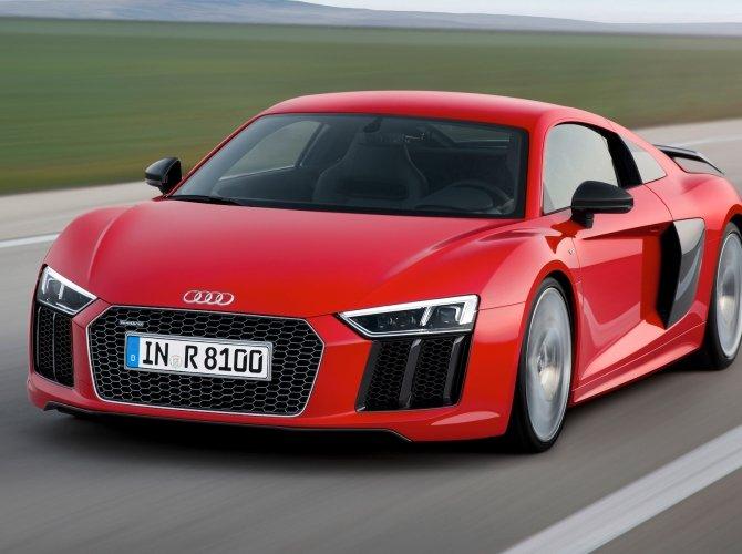 2016 Audi R8 2.jpg