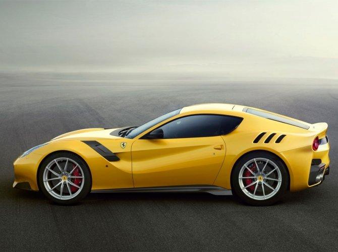 Ferrari F12tdf 5.jpeg