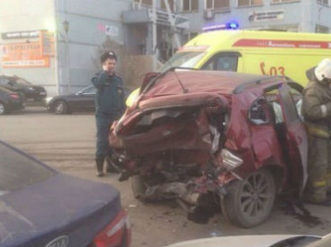 В Красноярске в массовом ДТП погибла 5-летняя девочка 5.jpg