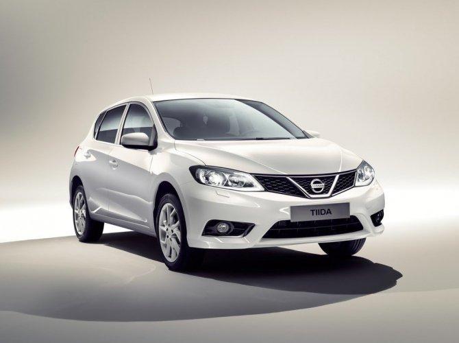 Nissan Tiida.jpg