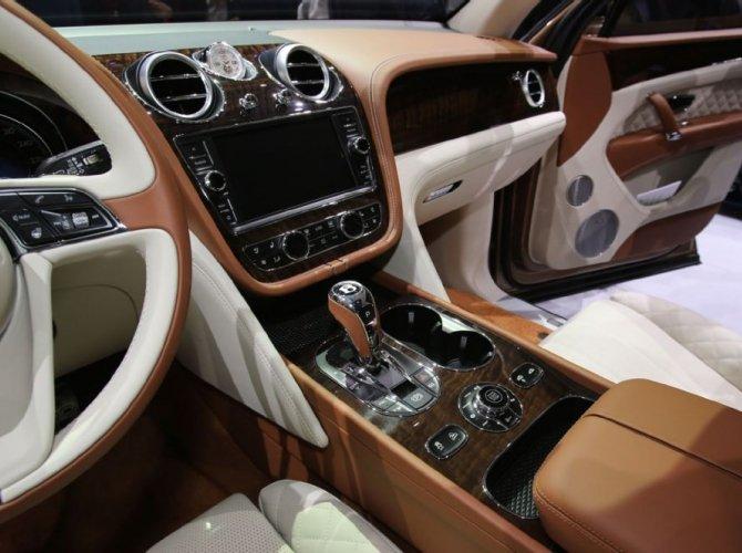 В 2016 году Bentley представит кросс-купе Bentayga Coupe 2.jpg
