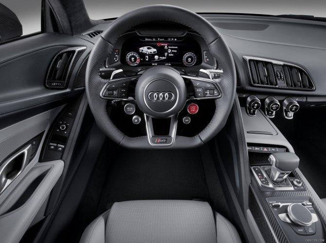 2016 Audi R8 10.jpg