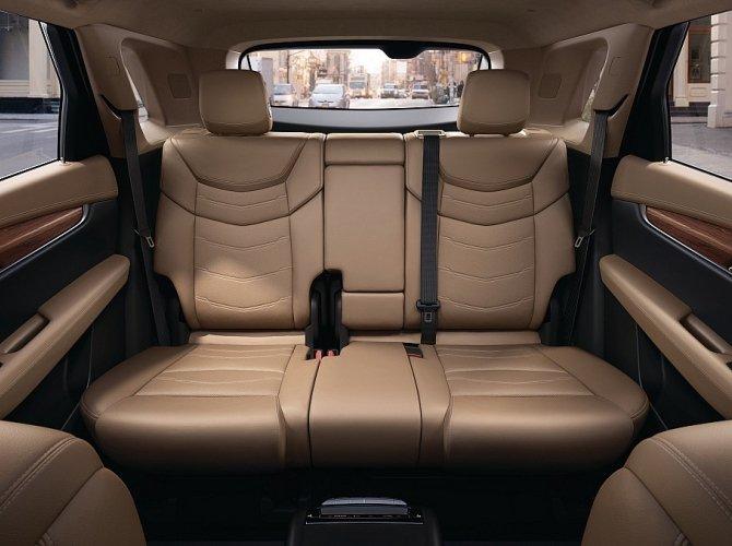 Cadillac XT5 6.jpeg