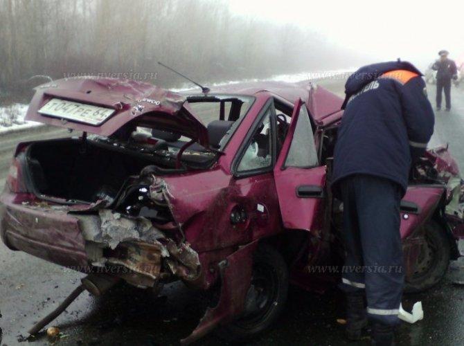 Под Саратовом в ДТП погибли два человека 4.jpg