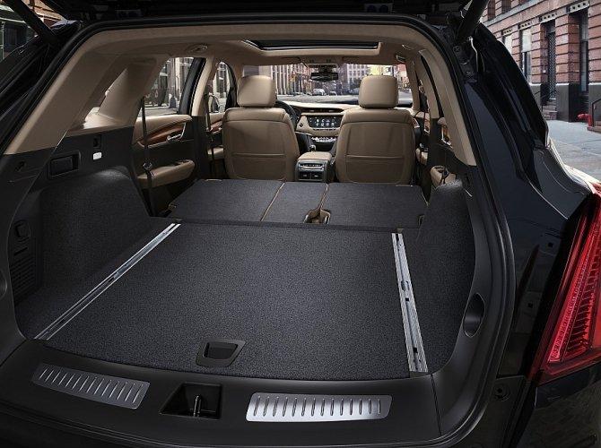 Cadillac XT5 7.jpeg