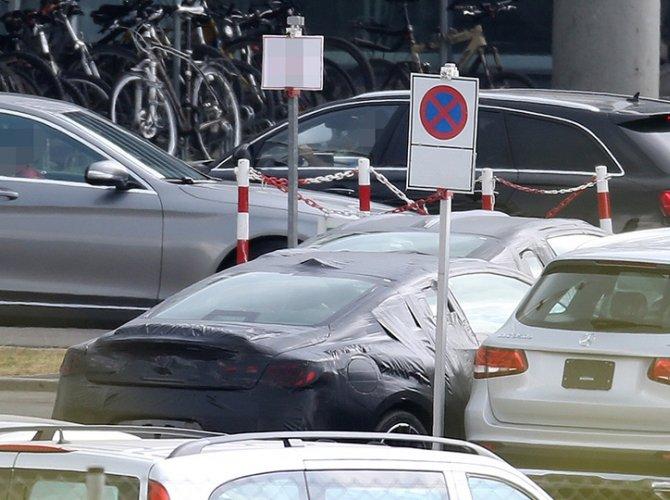 Появились фото нового купе Infiniti Q60 1.jpg