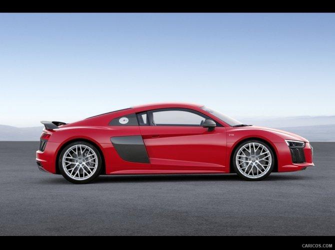 2016 Audi R8 1.jpg