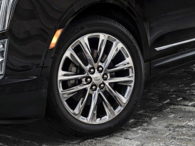 Cadillac XT5 9.jpeg