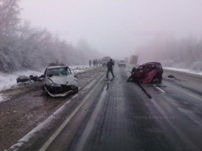 Под Саратовом в ДТП погибли два человека 6.jpg