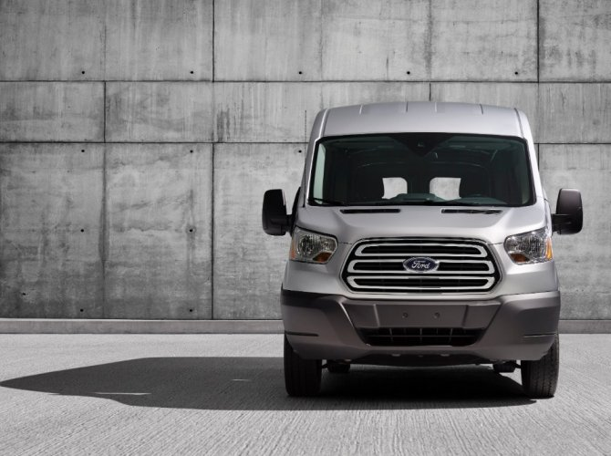 Ford Transit 1.jpg
