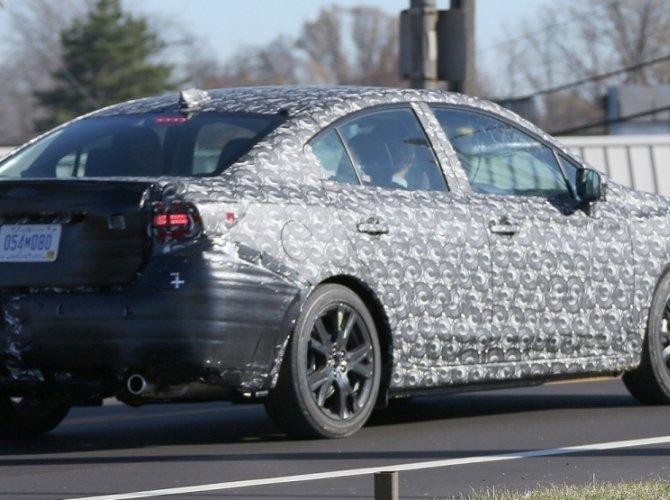 Шпионские фото нового поколения Subaru Impreza 1.jpg