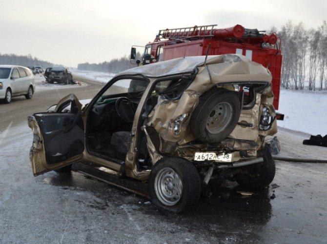 Под Иркутском в ДТП погибли три человека 2.jpg
