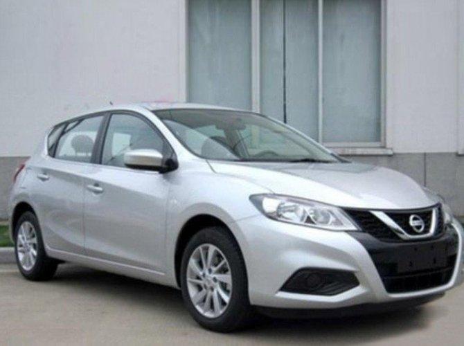 В Китае замечен рестайлинговый Nissan Tiida.jpg