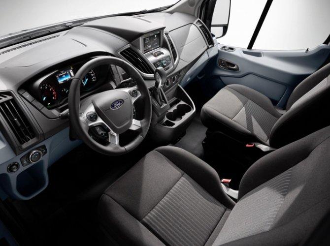 Ford Transit 2.jpg