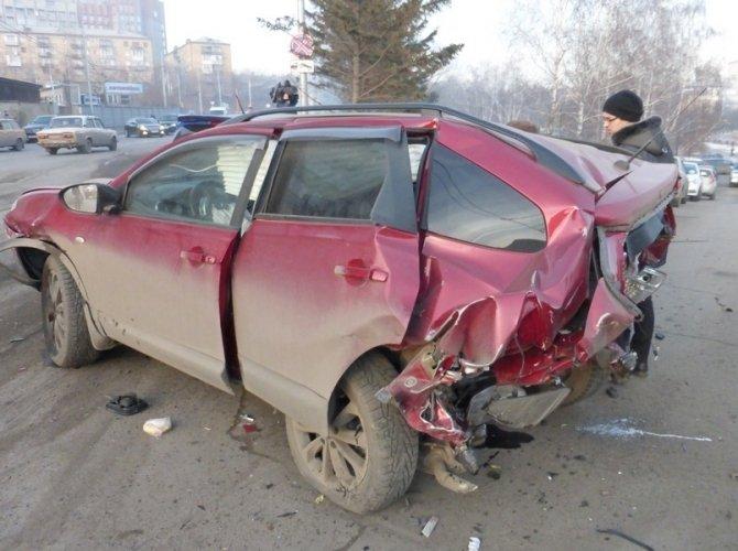 В Красноярске в массовом ДТП погибла 5-летняя девочка 1.jpg