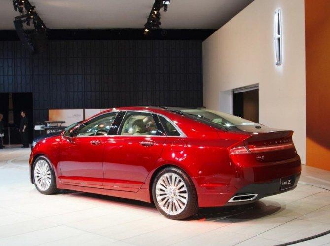 Lincoln выпустили свой самый мощный седан MKZ 2.jpg
