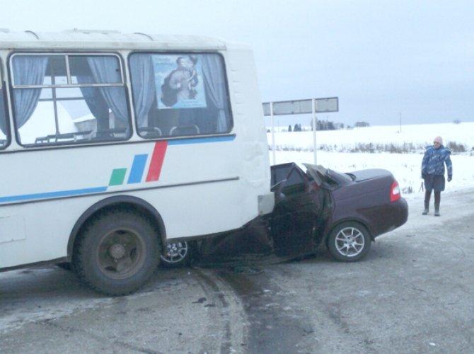 В ДТП на автодороге Кунгур – Ашап погибли три человека 1.jpg