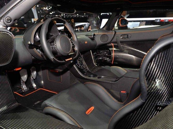 Koenigsegg Agera RS 12.jpg