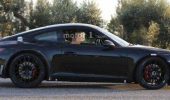 На тесты вывели новый Porsche 911