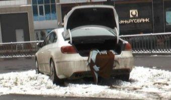 В Казани автомобиль сбил двоих пешеходов