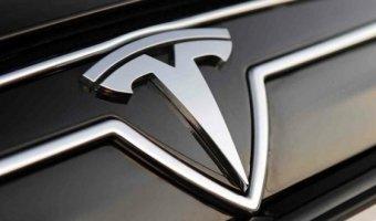 Tesla могут не выполнить план продаж на 2015 год