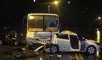 В Белгороде на Ватутина в ДТП с автобусом погибла девушка