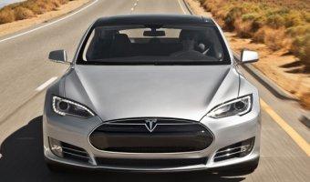 Tesla отзывает электроседаны Model S в связи с неполадкой ремня безопасности