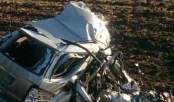 Три человека погибли в ДТП с фурой в Калининском районе