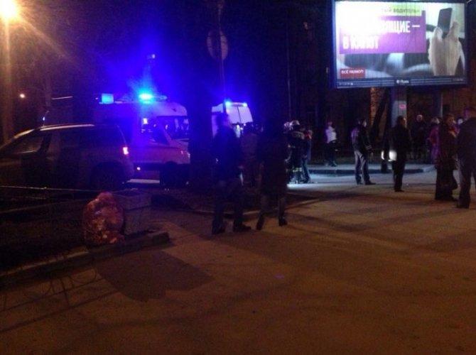 На Стачек женщина сбила четырех человек на тротуаре (1).jpeg