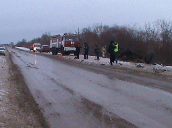 Под Рязанью в ДТП с маршруткой пострадали семь человек, из них трое - дети (1).jpg