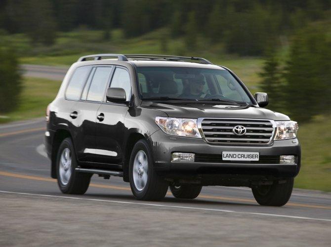 Toyota Land Cruiser 200.jpeg
