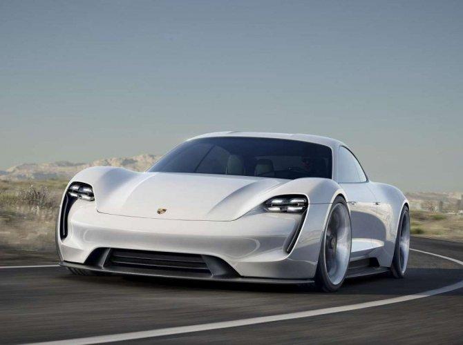 Porsche Mission E (3).jpg