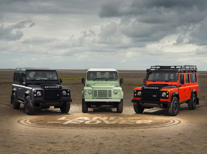 Land Rover Defender (6).jpg