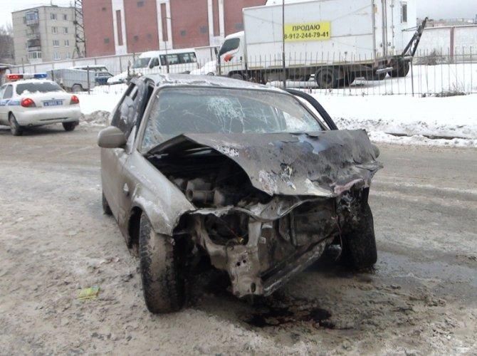 В Екатеринбурге Toyota сбила пятерых пешеходов: один человек погиб 3.jpg